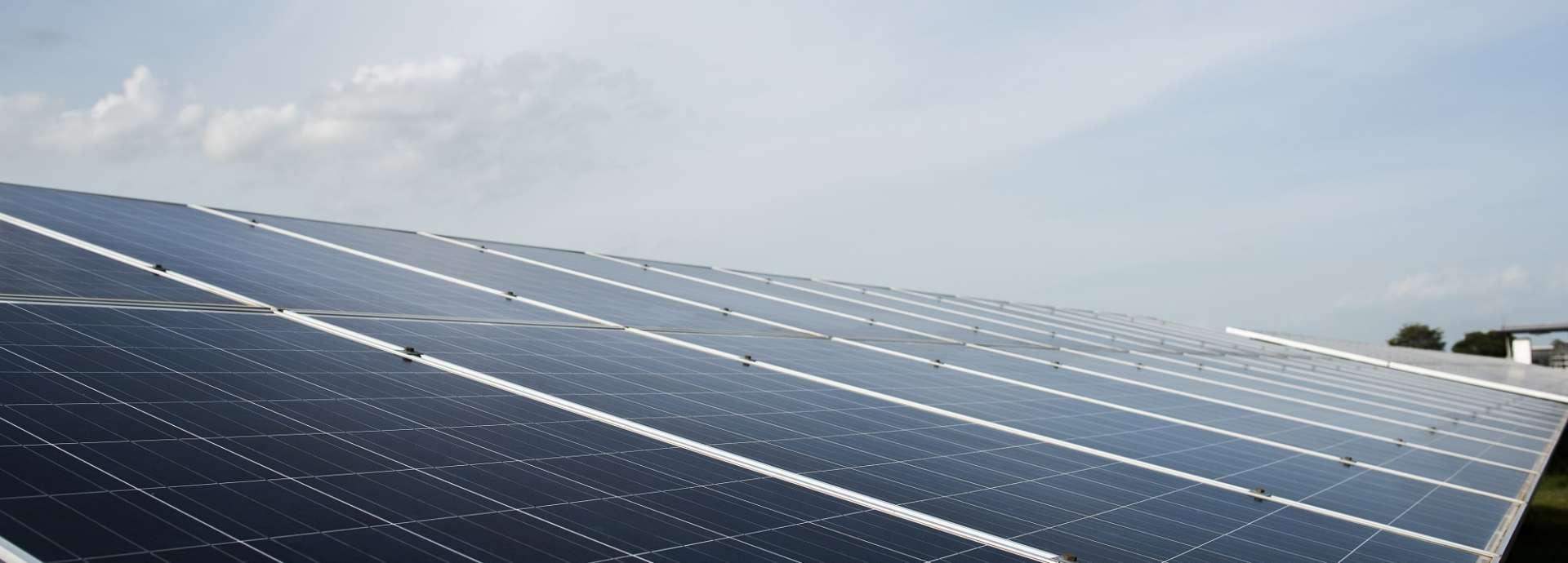 aide-installation-panneaux-solaires-geneve-3